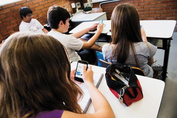 Ensinar língua portuguesa a adolescentes conectados – tem jeito?